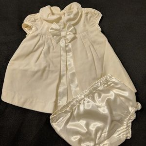 Girls Ivory Dress Size 0-3 Months